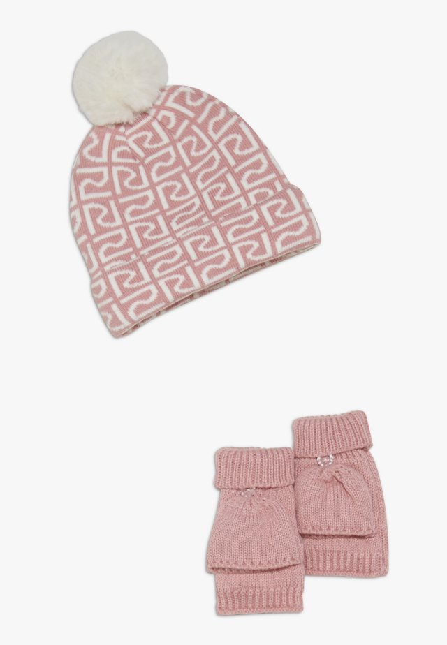 SET - Bonnet - pink