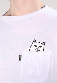 RIPNDIP - LORD NERMAL POCKET - Print T-shirt - white - 3