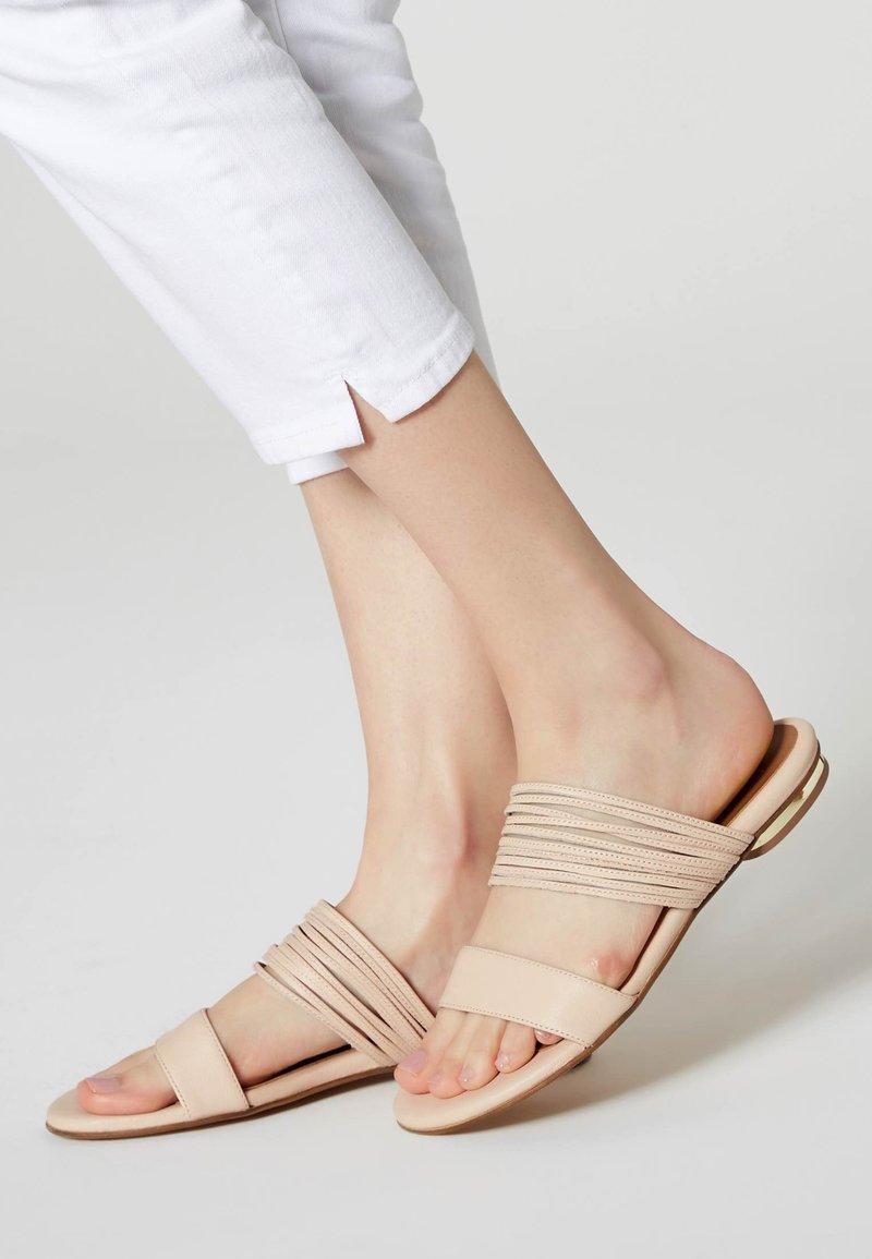 RISA - Sandalen - nude