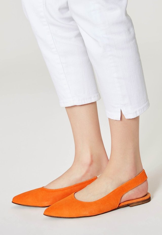 Ballerinaskor med slingback - orange