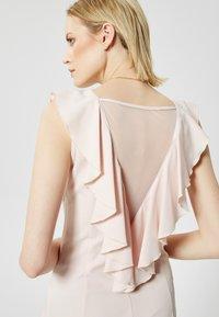 RISA - Robe fourreau - helles pink - 3