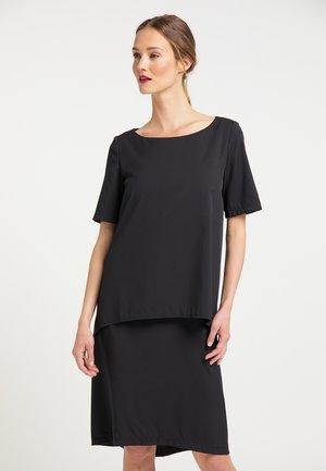 RISA  - Korte jurk - schwarz