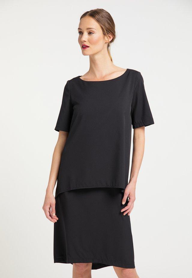 RISA  - Denní šaty - schwarz