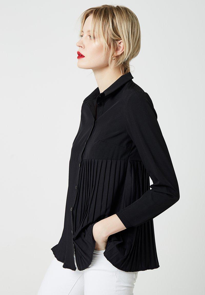 RISA - Skjorta - black