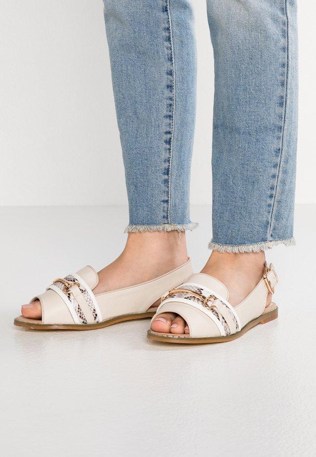 Sandaler - ecru