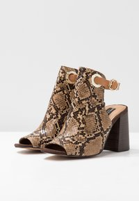 River Island Wide Fit - WIDE FIT ORSUN ANKLE STRAP  - High heeled sandals - brown - 4