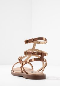 River Island Wide Fit - Sandals - tan - 5