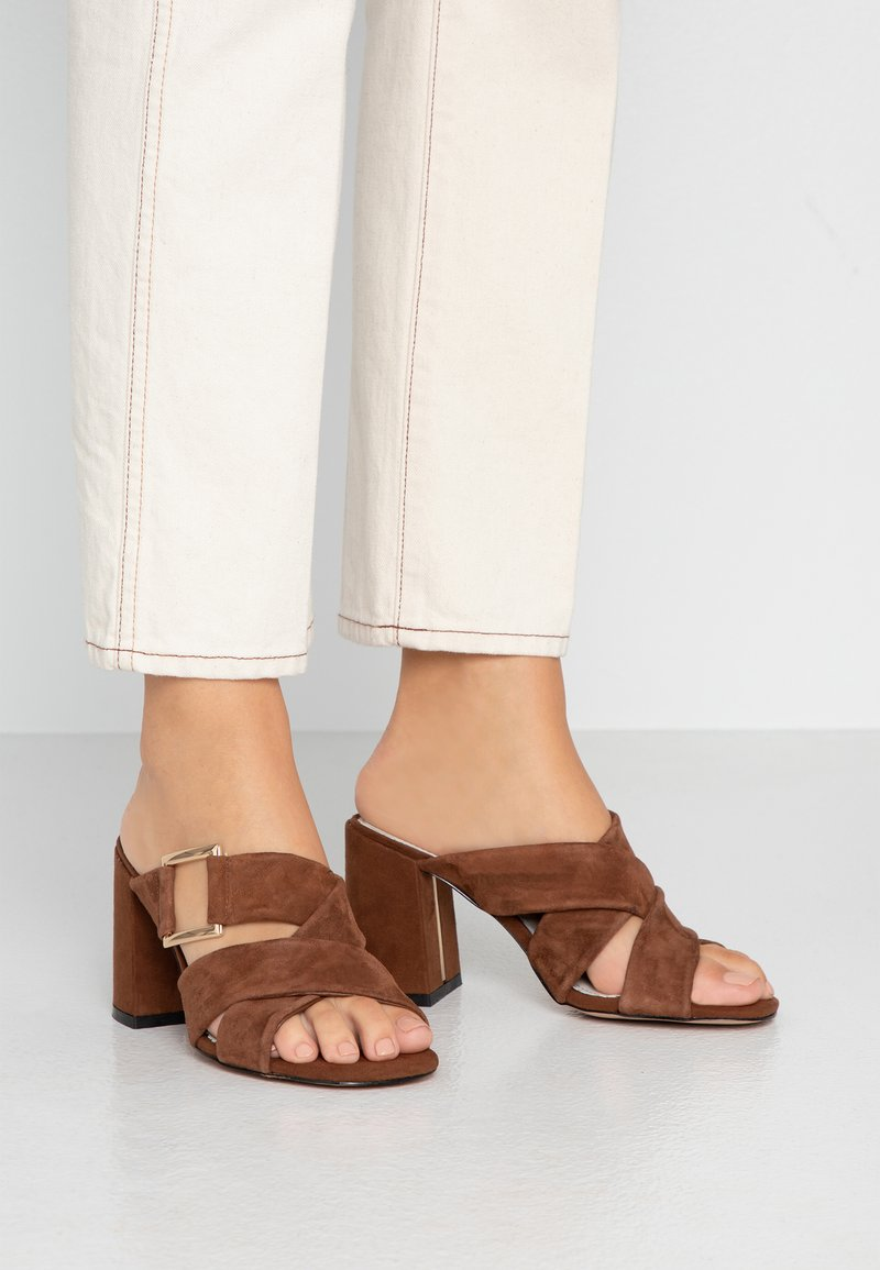 River Island Wide Fit - Heeled mules - brown