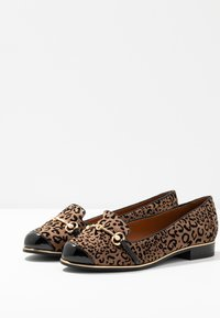River Island Wide Fit - Instappers - brown - 4