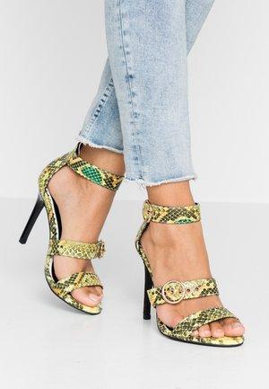 Sandály na vysokém podpatku - green