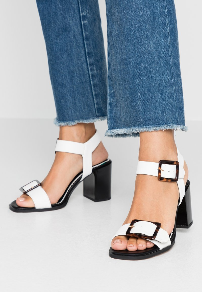 River Island Wide Fit - Sandály - white