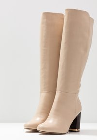 River Island Wide Fit - High heeled boots - ecru - 4