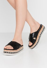 River Island Wide Fit - Pantofle na podpatku - black - 0
