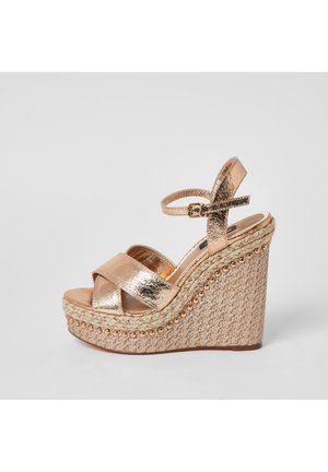 Korolliset sandaalit - pink
