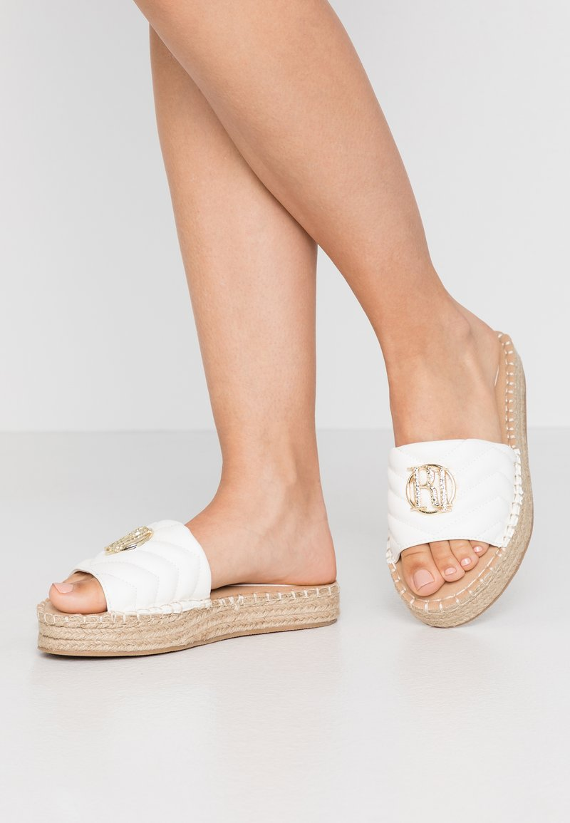River Island Wide Fit - Pantofle - white