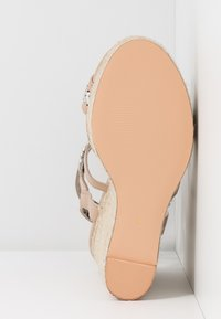 River Island Wide Fit - Sandaler med høye hæler - light pink - 6
