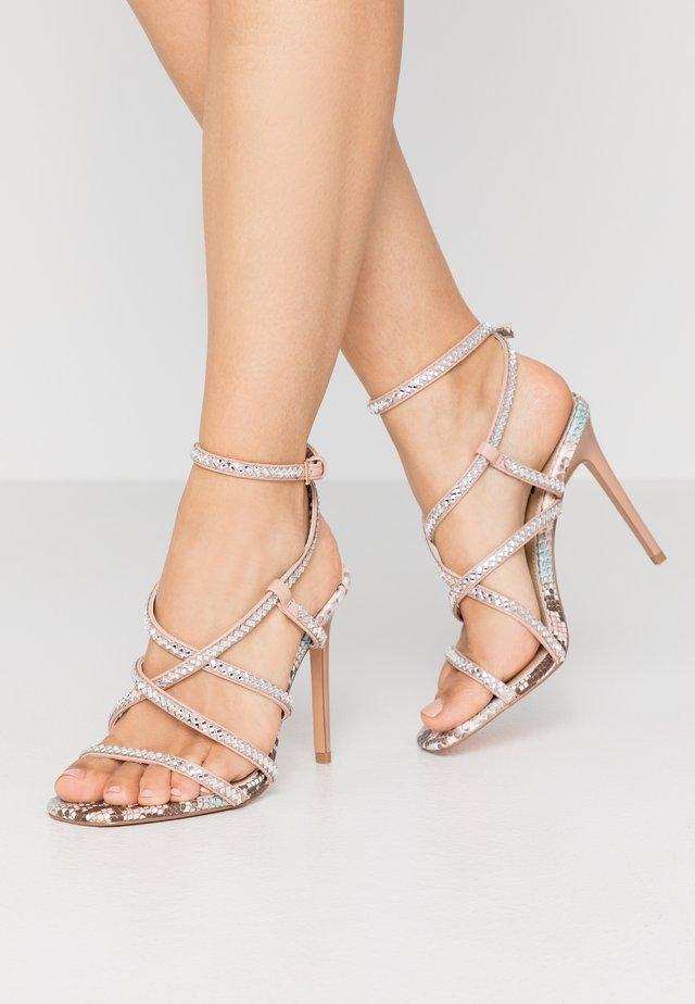 Sandály na vysokém podpatku - pink light