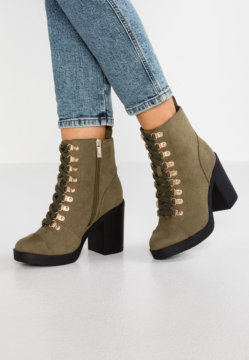 River Island Wide Fit - Bottines à talons hauts - khaki