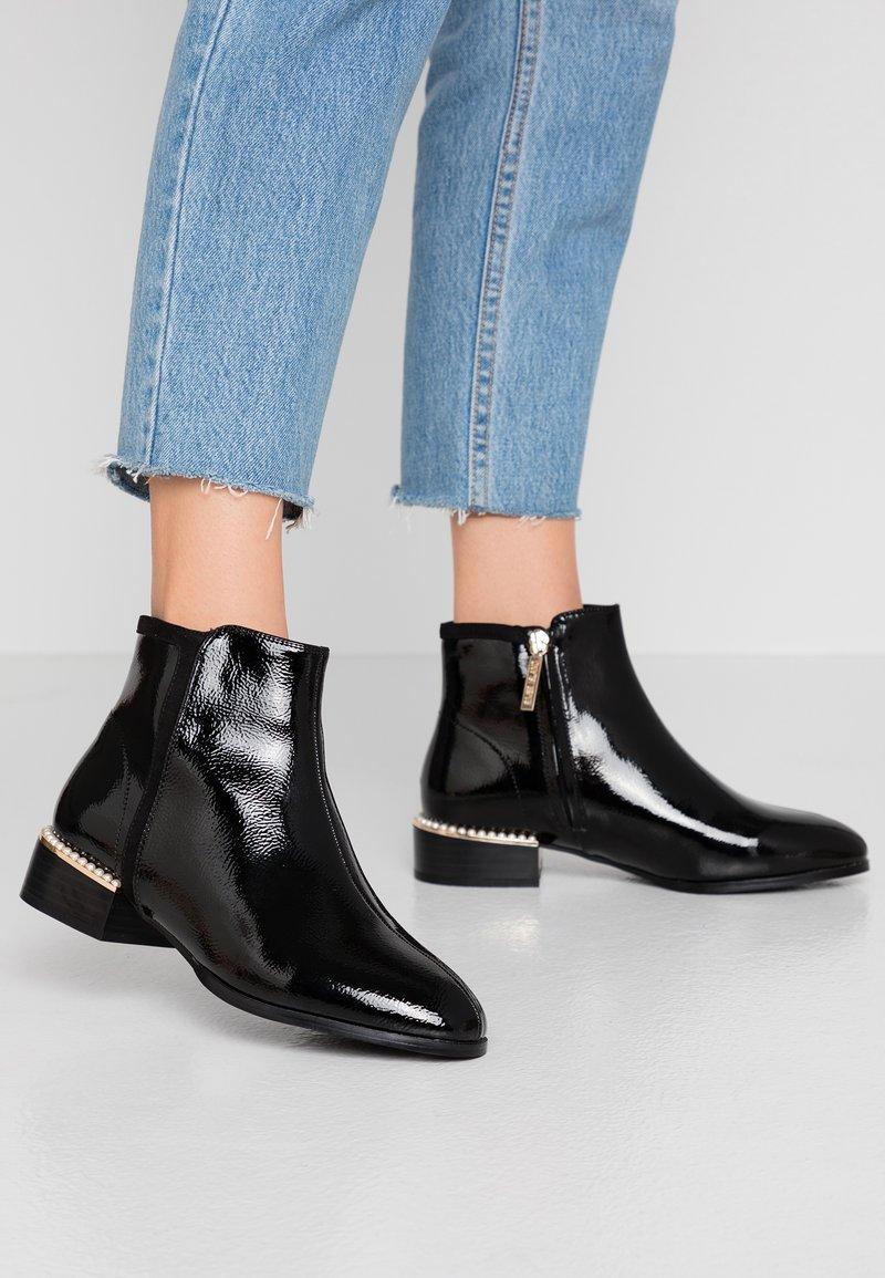 River Island Wide Fit - Kotníková obuv - black