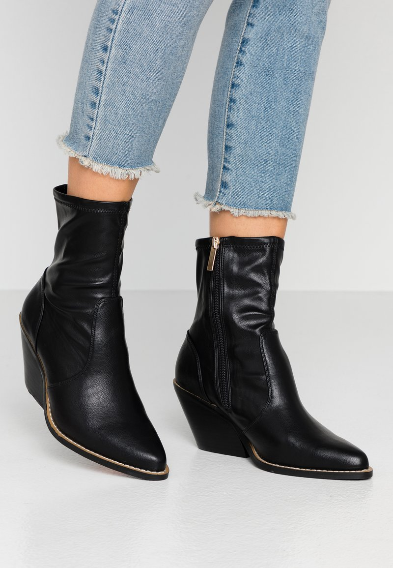 River Island Wide Fit - Classic ankle boots - black