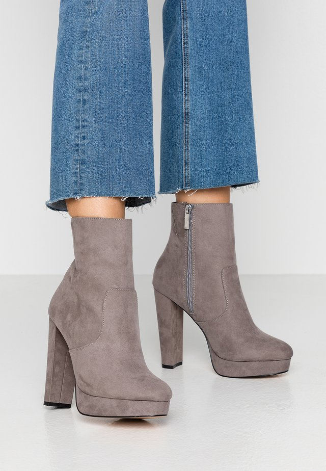 High heeled ankle boots - grey