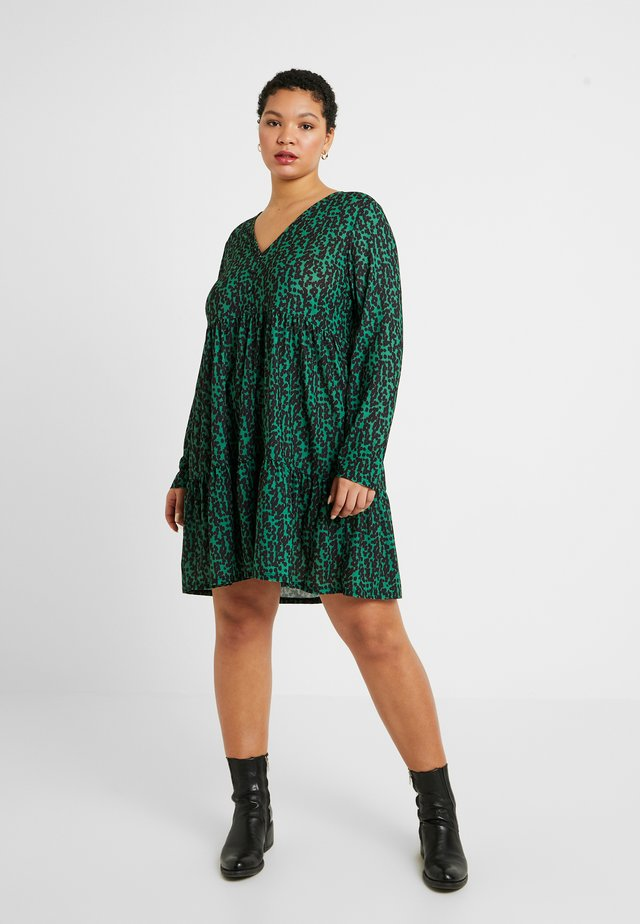 Sukienka z dżerseju - green