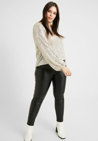 River Island Plus - SEQUIN HAYLEY TOP - Bluser - silver - 3