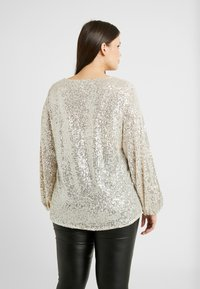 River Island Plus - SEQUIN HAYLEY TOP - Bluser - silver - 2