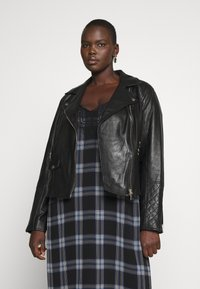 River Island Plus - Nahkatakki - black - 0