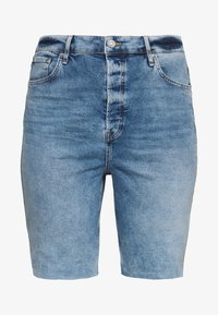 River Island Plus - Shorts di jeans - denim medium - 1