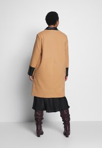 River Island Plus - Classic coat - camel - 2