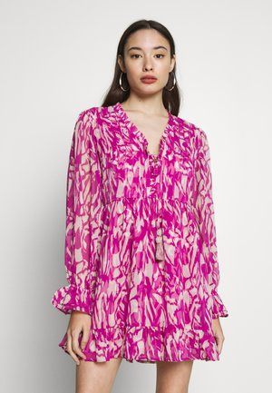 Kjole - pink bright