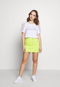 River Island Petite - T-shirts print - white - 1