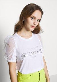 River Island Petite - T-shirts print - white - 0