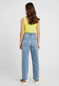 River Island Petite - Relaxed fit jeans - light blue denim - 2