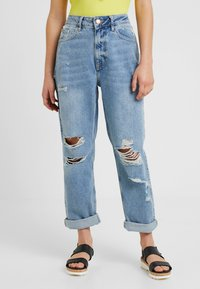 River Island Petite - Relaxed fit jeans - light blue denim - 0