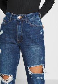 River Island Petite - MOM SHEERAN - Jeans Straight Leg - mid auth - 3