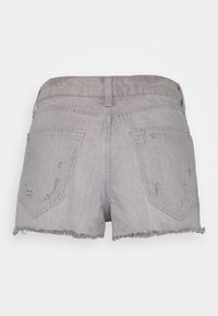 River Island Petite - HANNAH SHORTACID - Shorts vaqueros - acid wash grey