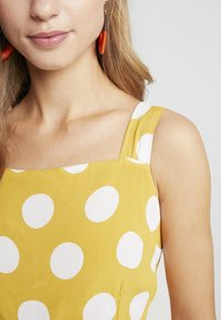 River Island Petite - Overal - yellow - 4