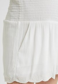 Ripe - EMBROIDERED - Shorts - ivory - 4