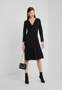 RIANI - Vestito di maglina - black - 1
