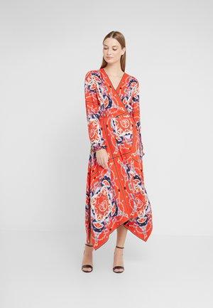 Maxi šaty - fire red