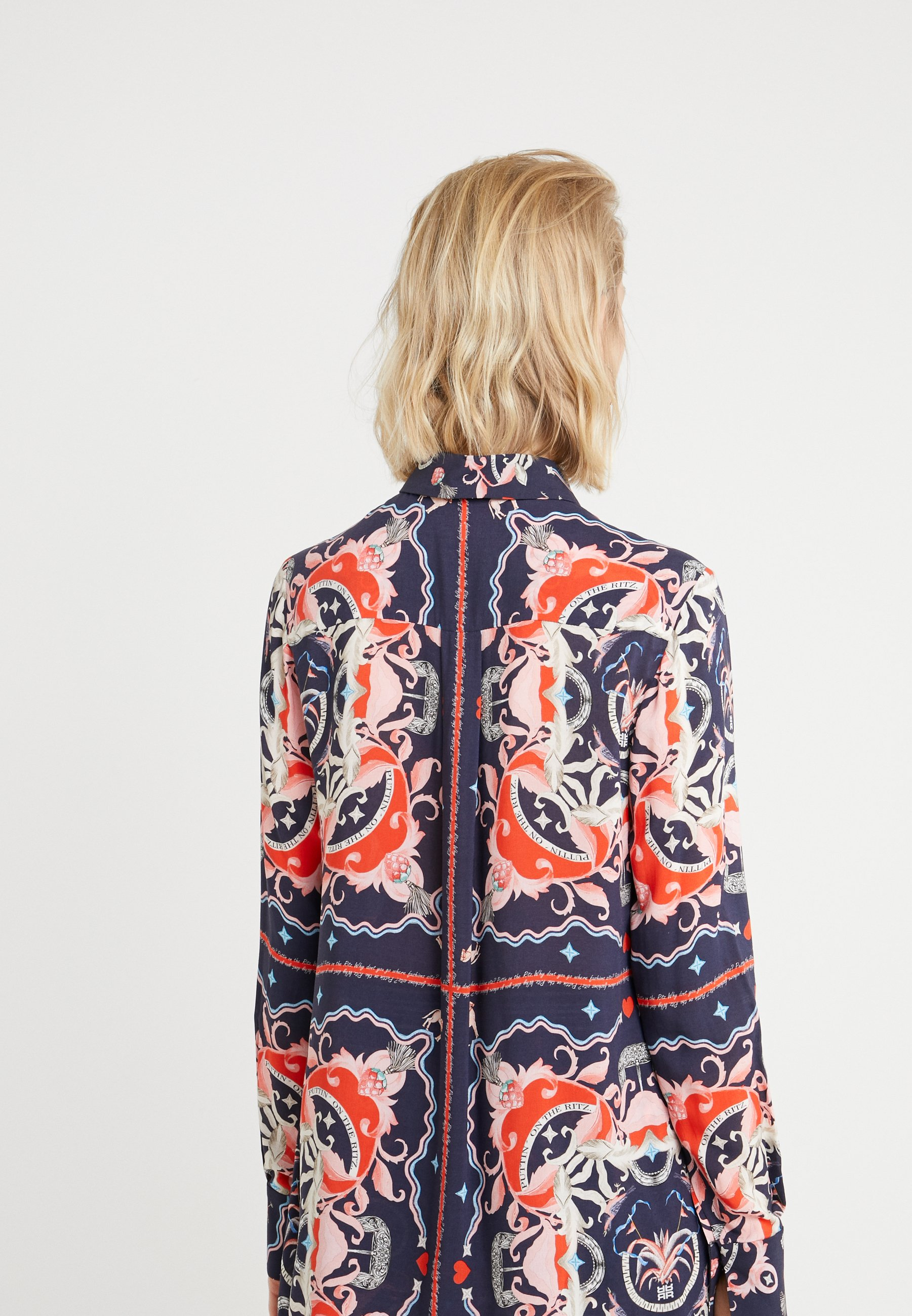 RIANI Button-down blouse - deep blue patterned oMRdS