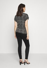 River Island Maternity - MOLLY  - Jeans Skinny - black - 2