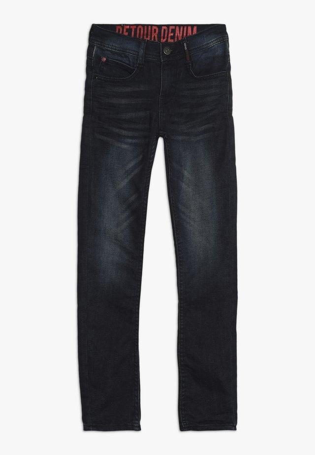 KELTO - Džíny Straight Fit - vintage blue denim