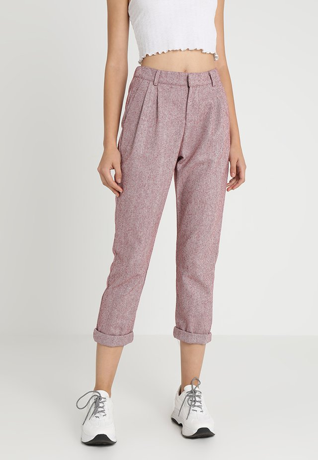 SMILLA PANTS - Broek - cherry