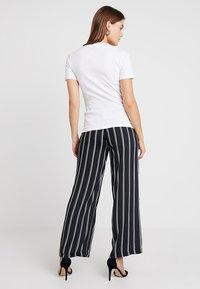 Sparkz - TAMAR TEE - T-shirts - white - 2