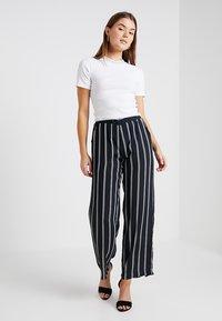 Sparkz - TAMAR TEE - T-shirts - white - 1