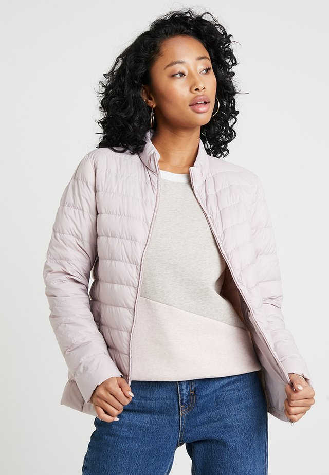 PRETTY JACKET - Dunjakke - pastel purple