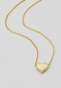 Orelia - THREAD THRU HEART NECKLACE - Náhrdelník - pale gold-coloured - 4